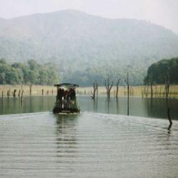 Bangalore to Kerala tour package 1 Night 2 Days by Flight