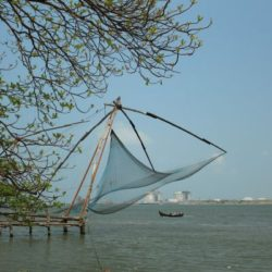 Hyderabad to Kerala tour package 1 Night 2 Days by Flight
