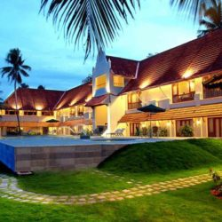 Hyderabad to Kerala tour package 3 Nights 4 Days by Flight
