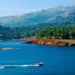 Lucknow to Kerala tour package 6 Nights 7 Days by Train