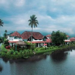 Surat to Kerala tour package 5 Nights 6 Days by Flight